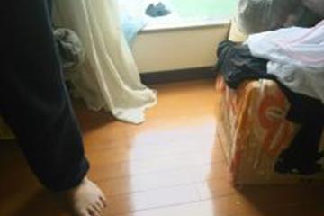 画像:室内に漏水してフロアーに浸水してしまいました。